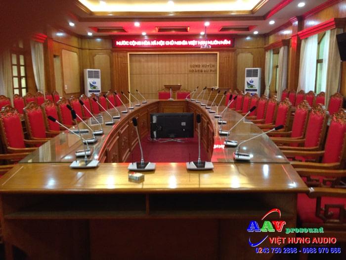 bộ điều khiển trung tâm hội họp