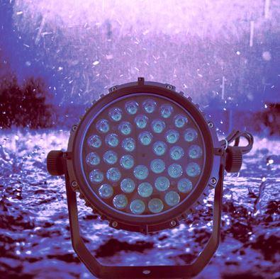 Đèn sân khấu, đèn par led 36 bóng x 3W full màu chịu nước LSK-36FN